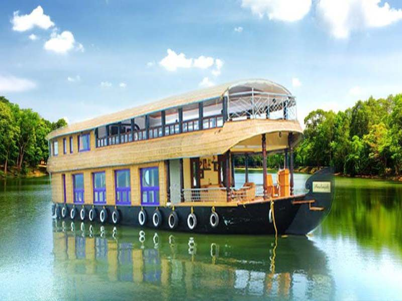 Best Delux Houseboat Alleppey