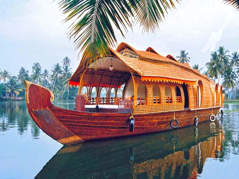 Delux Houseboat Alleppey