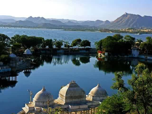 Gulab Bagh And Zoo In Udaipur, Udaipur Tour Packages For Family