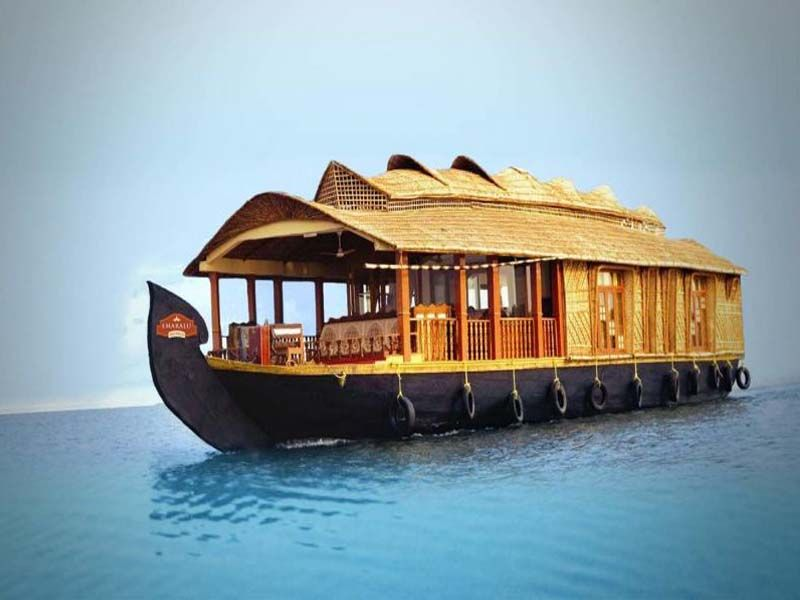 Houseboat Students In Alappuzha