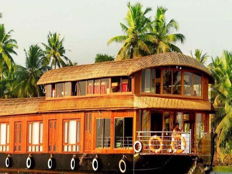 Houseboat Rentals In Alapuzha