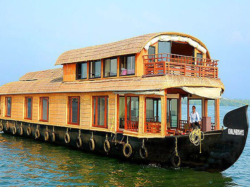 Deluxe 5 Beds Houseboat Booking For 1 Nights In Kumarakom At