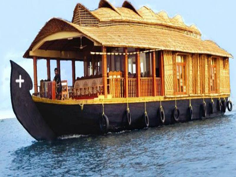 Houseboat Packages In Kumarakom