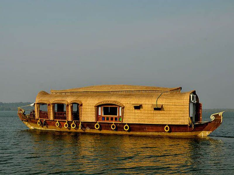 Kollam Houseboat Holidays