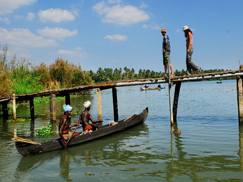 Travel Guide In Kumarakom