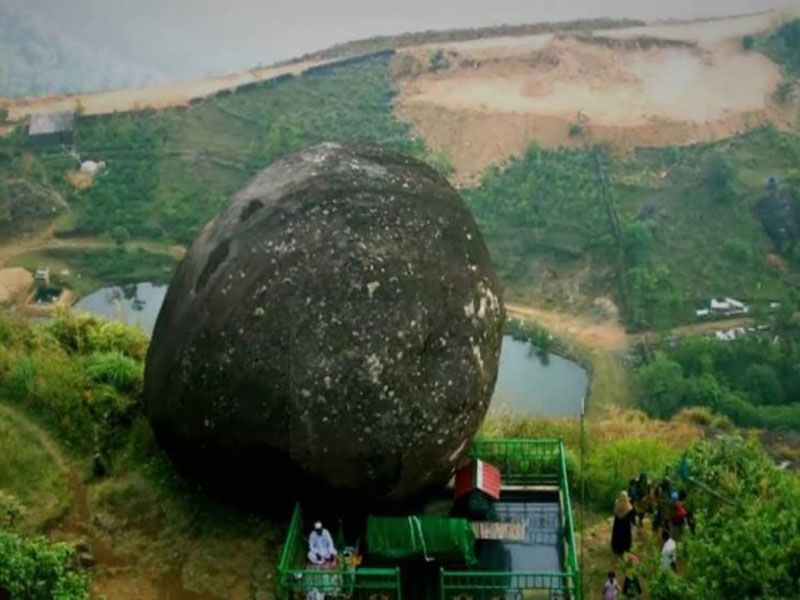 Thangal Para In Vagamon
