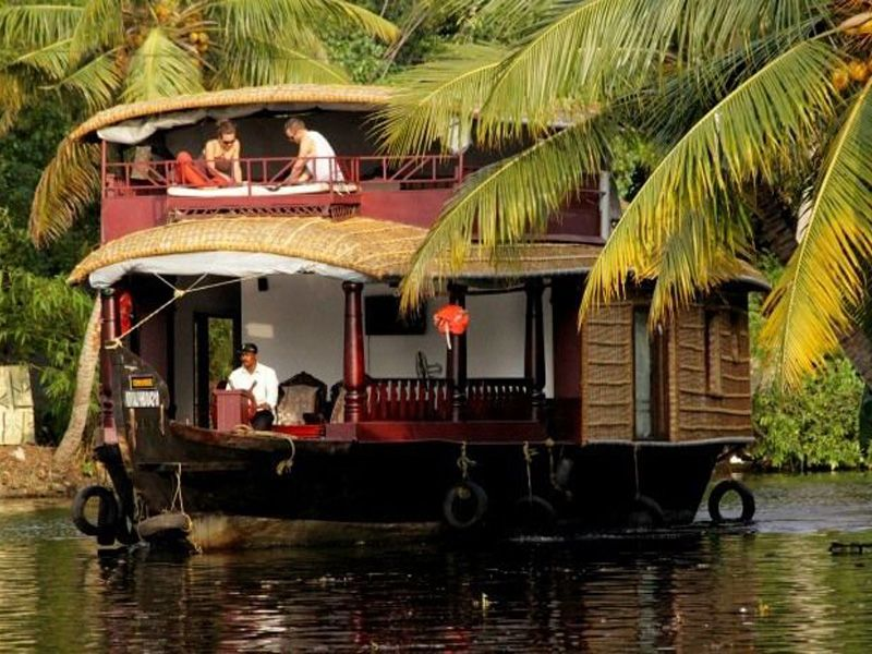 Guide For Best Houseboat In Alleppey