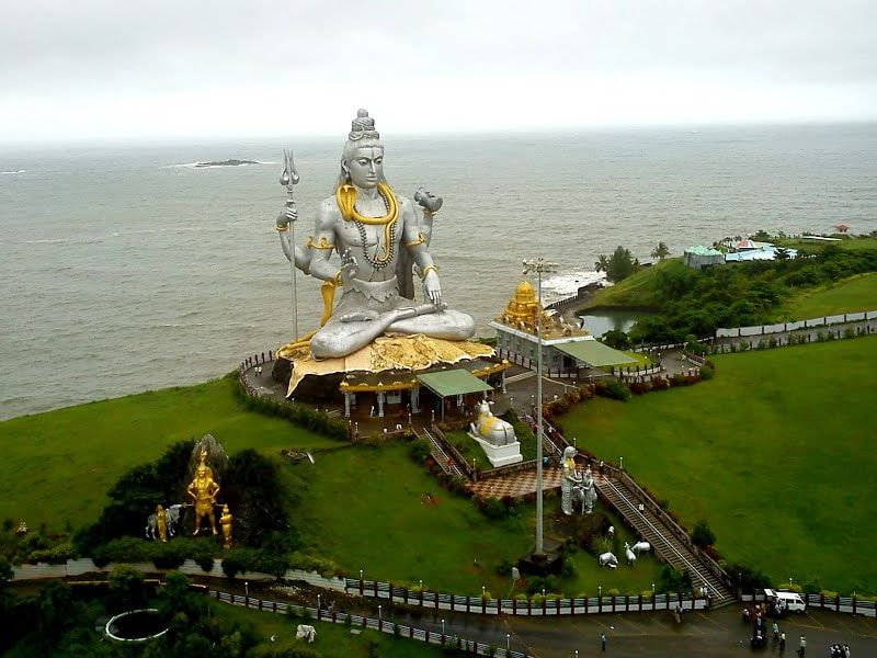 Murudeshwara Temple And The Second Largest Shiva Statue In