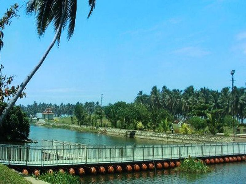 Travel Guide To Visit In Kovalam