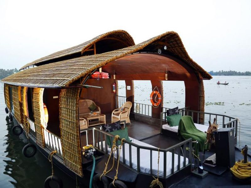 Top Guide For Houseboats Of Kumarakom And Alleppey