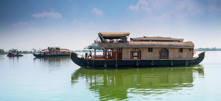Best Kerala houseboats trip